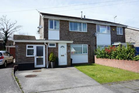 Westward Place, Bridgend, CF31, South Wales - Semi-Detached / 3 bedroom semi-detached house for sale / £150,000