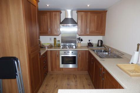 Penmaen Bod Eilias, Old Colwyn, Colwyn Bay, Conwy, LL29 8BL, North Wales - Flat / 1 bedroom flat for sale / £69,995