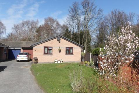 Longacre Drive, Bagillt, Flintshire, CH6 6DZ, North Wales - Bungalow / 3 bedroom bungalow for sale / £160,000