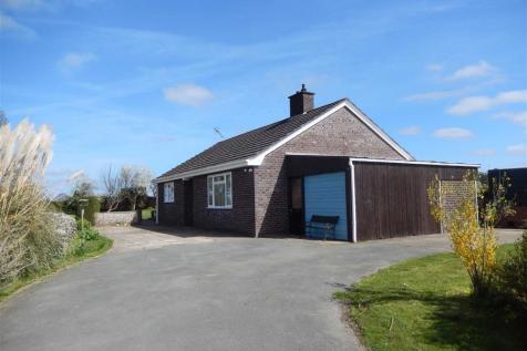 Trelydan, Welshpool, SY21, Mid Wales - Bungalow / 2 bedroom bungalow for sale / £199,950