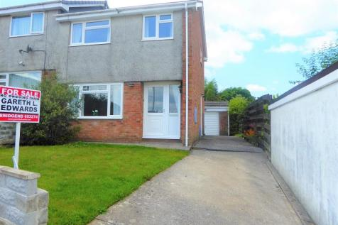 Barnes Avenue, Cefn Glas, Bridgend. CF31 4TT, South Wales - Not Specified / 3 bedroom semi-detached house for sale / £149,995