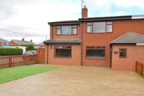 Harwoods Lane, Rossett, Wrexham, LL12, North Wales - Semi-Detached / 4 bedroom semi-detached house for sale / £220,000