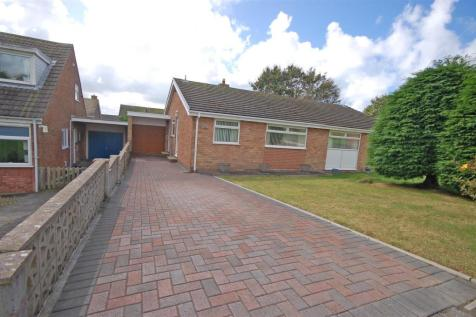 Rhoshendre, Waunfawr, Aberystwyth, SY23 3PX, Mid Wales - Bungalow / 2 bedroom bungalow for sale / £175,000