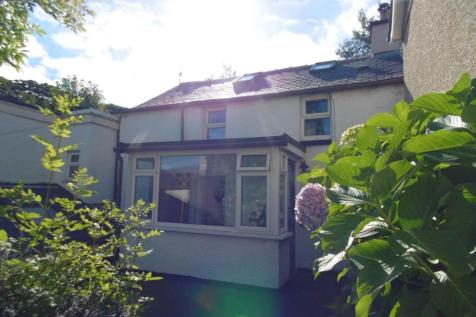 High Street, Penmaenmawr, LL34 6NF, North Wales - Cottage / 2 bedroom cottage for sale / £110,000