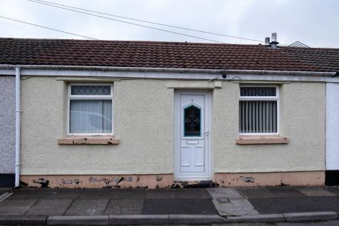 Powell Street, Bedlinog, Treharris, CF46 6RL, South Wales - Terraced / 1 bedroom terraced house for sale / £45,000
