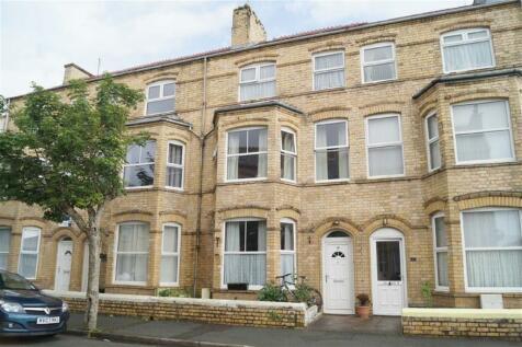 Recreation Road, Pwllheli, Gwynedd, LL53 5PF, North Wales - Terraced / 5 bedroom terraced house for sale / £188,000