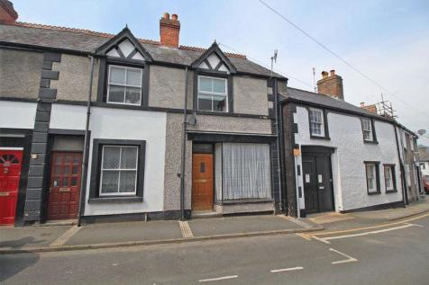 Church Street, Llangollen, LL20 8HY, North Wales - Terraced / 2 bedroom terraced house for sale / £109,995