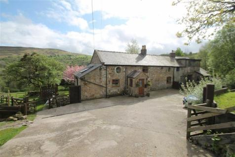 Ffordd Isaf, Gwynfryn, LL11 5TS, North Wales - Country House / 3 bedroom country house for sale / £290,000