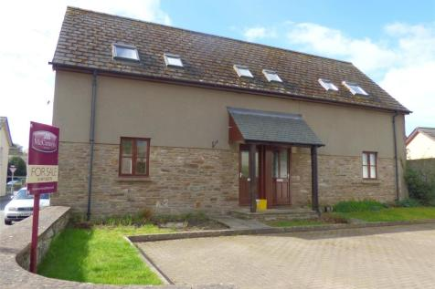 Mill Cottages, Glasbury-On-Wye, Hereford, HR3 5NN, Mid Wales - Semi-Detached / 3 bedroom semi-detached house for sale / £150,000