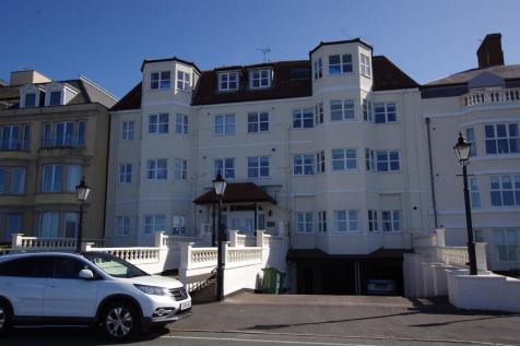 Amalfi Court, Craig Y Don Parade, Llandudno, LL30 1BH, North Wales - Flat / 2 bedroom flat for sale / £110,000