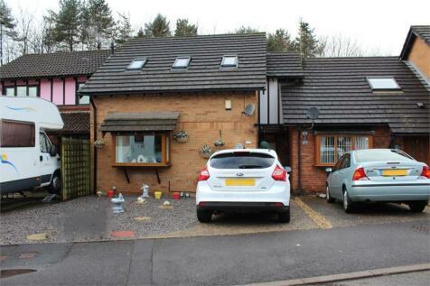 Maerdy Park, Pencoed, Bridgend, Mid Glamorgan, CF35 5HJ, South Wales - End of Terrace / 3 bedroom end of terrace house for sale / £125,000