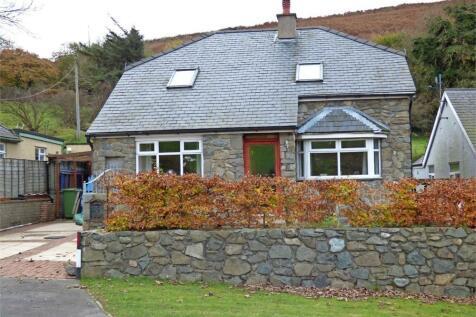 Llanaelhaearn, Caernarfon, Gwynedd, LL54 5AE, North Wales - Detached / 4 bedroom detached house for sale / £230,000
