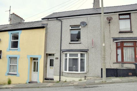 Gilbert Street, Holyhead, Sir Ynys Mon, LL65, North Wales - Terraced / 3 bedroom terraced house for sale / £69,950