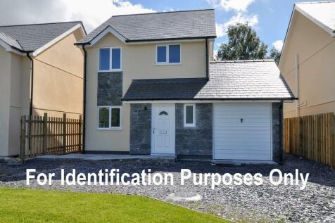 Yr Hafod, Llanrug, North Wales, LL55 4AN - Detached / 4 bedroom detached house for sale / £269,500