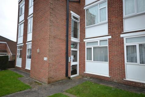 Woodlands Court, Barry, CF62 8DR, South Wales - Flat / 2 bedroom flat for sale / £107,000
