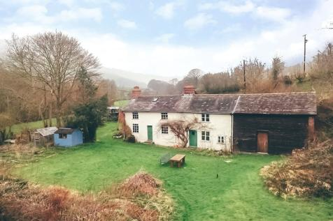 Trefeglwys, Caersws, Powys, SY17 5PU, Mid Wales - Barn Conversion / 4 bedroom barn conversion for sale / £285,000