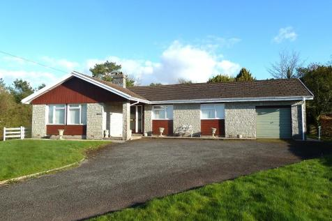 Crai, Brecon, Powys., Mid Wales - Bungalow / 3 bedroom bungalow for sale / £275,000