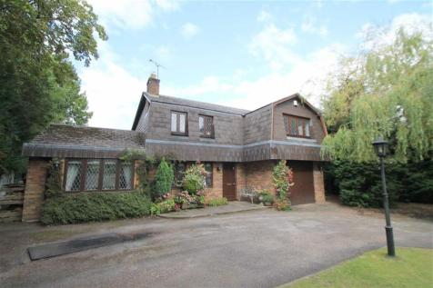 Woodland Road, Marford, Wrexham, LL12 8SP, North Wales - Detached / 4 bedroom detached house for sale / £430,000