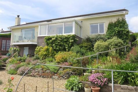 Cae Mair, Beaumaris, Anglesey, LL58 8YQ, North Wales - Detached Bungalow / 3 bedroom detached bungalow for sale / £365,000