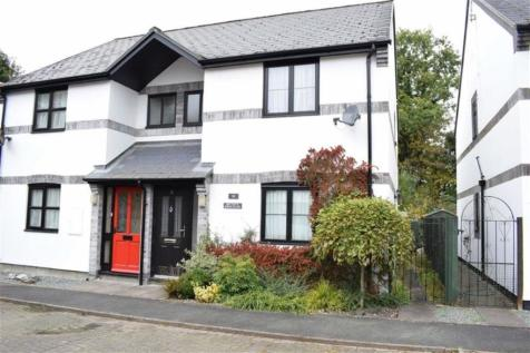 10, Maes Yr Efail, Llanbrynmair, Powys, SY19, Mid Wales - Semi-Detached / 3 bedroom semi-detached house for sale / £123,500