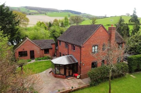 Buttington, Welshpool, Powys, SY21 8SU, Mid Wales - Detached / 5 bedroom detached house for sale / £285,000
