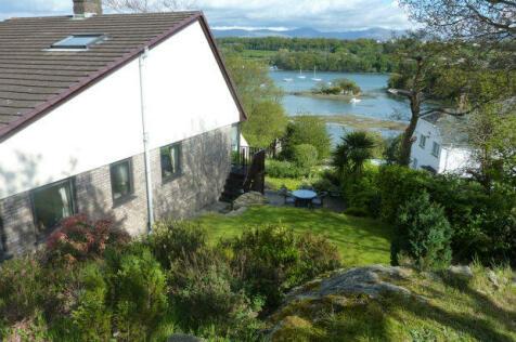 Cadnant Road, Menai Bridge, Sir Ynys Mon, LL59, North Wales - Detached / 4 bedroom detached house for sale / £535,000