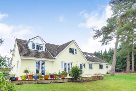 Pinwydden, Chepstow, NP16 6BX, South Wales - Detached / 4 bedroom detached house for sale / £599,950