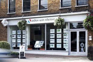 andrew scott robertson, Wimbledon Village Commercialbranch details
