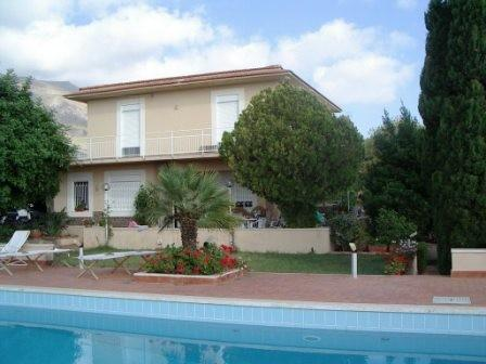 4 bedroom Villa for sale in Sicily, Palermo, Trabia