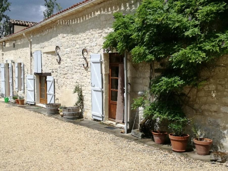 Stone House in Thenac, Aquitaine, 24240 for sale