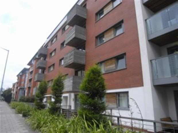 2 bedroom apartment to rent in Skyline apartments ...