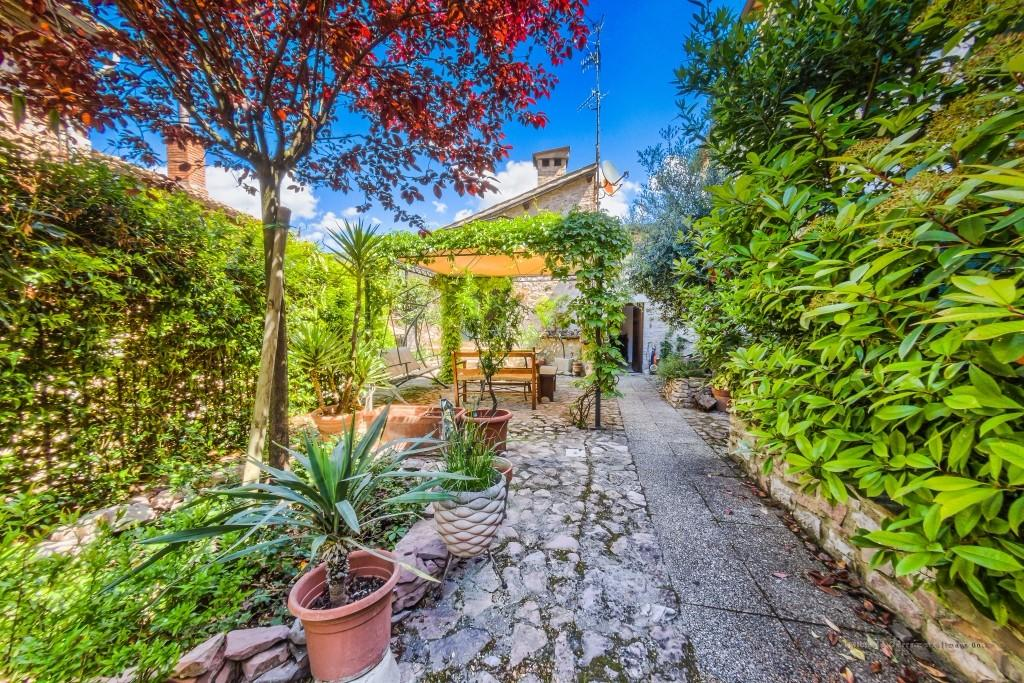 2 bedroom house in Spello, Perugia, Umbria