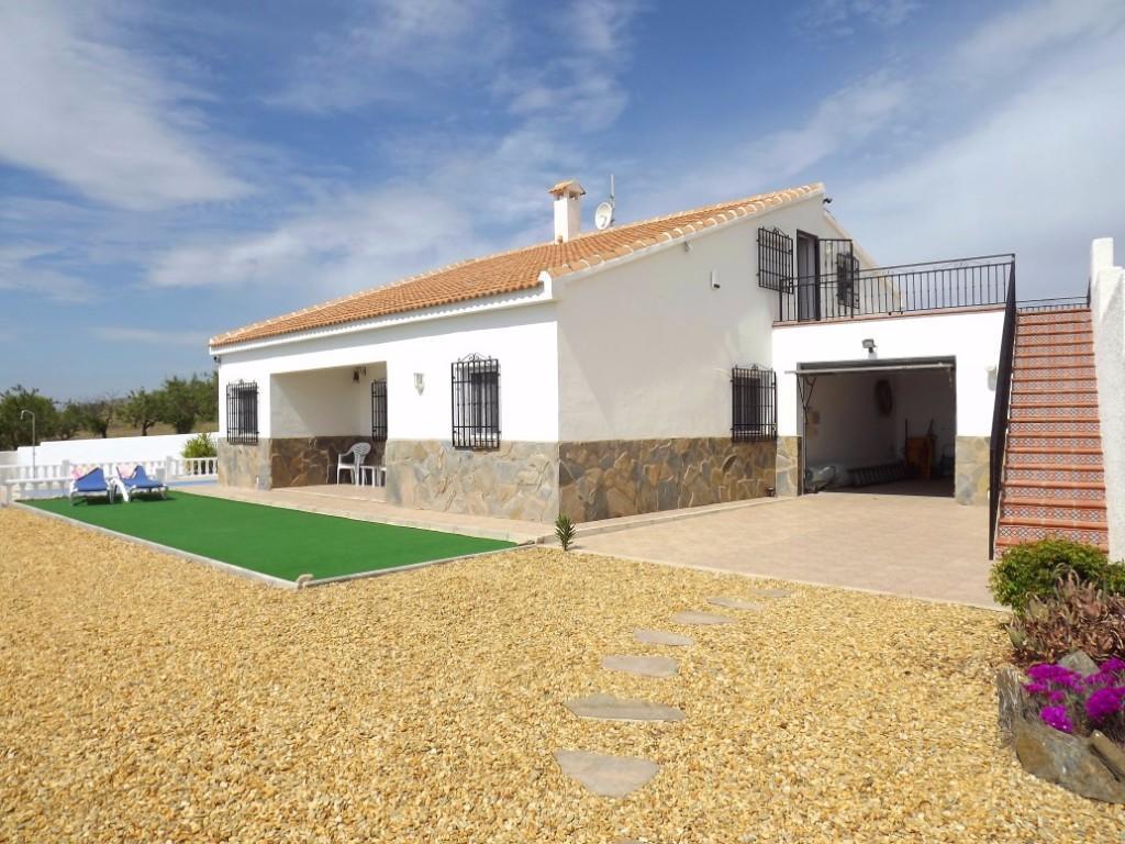 5 bedroom Country House in Taberno, Almería...