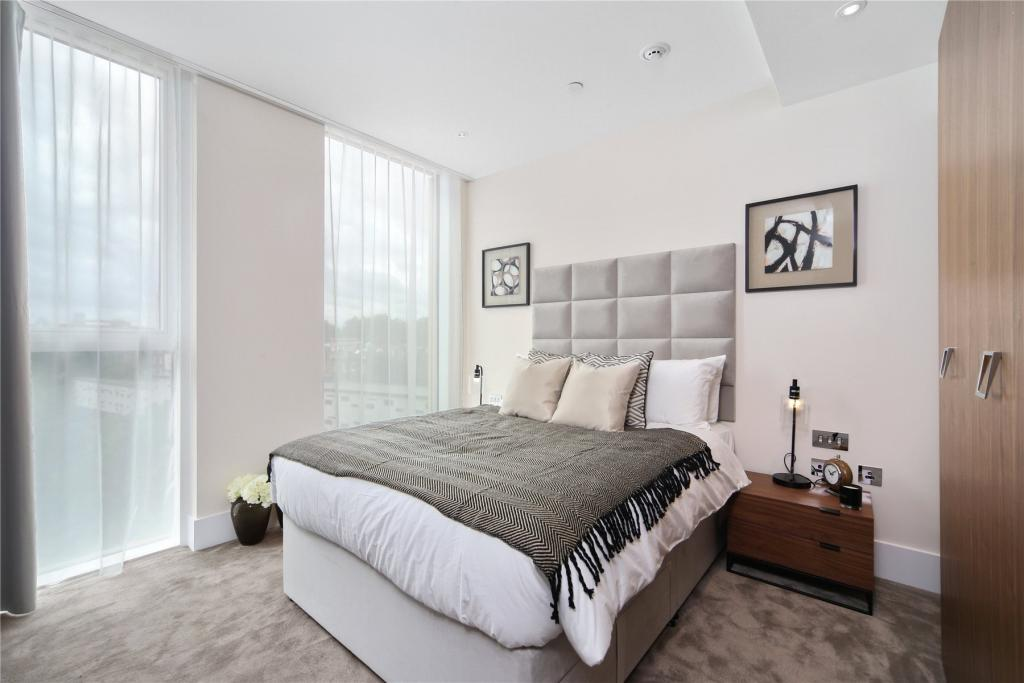 375 Kensington High Street,Master Bedroom