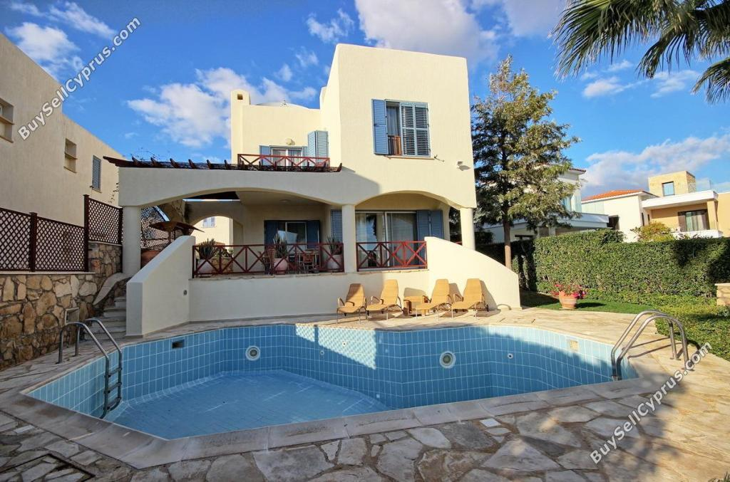 4 bed Detached house in Paphos