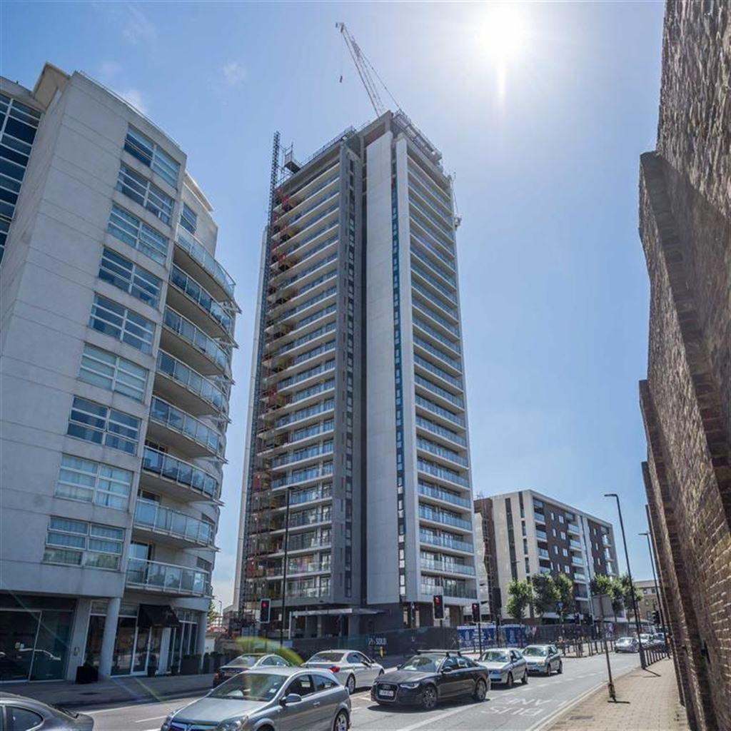 Two Bedroom Apartments London: 2 Bedroom Apartment For Sale In Horizons, Canary Wharf