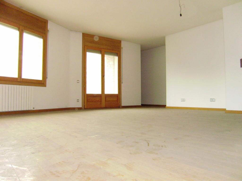 Flat for sale in Massana (La)