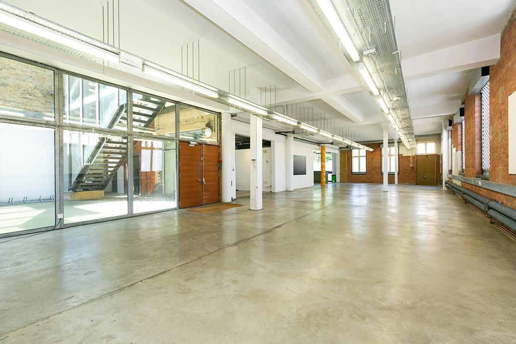 property to rent in Ground Floor, 138 Kingsland Road, London, E2 8DY