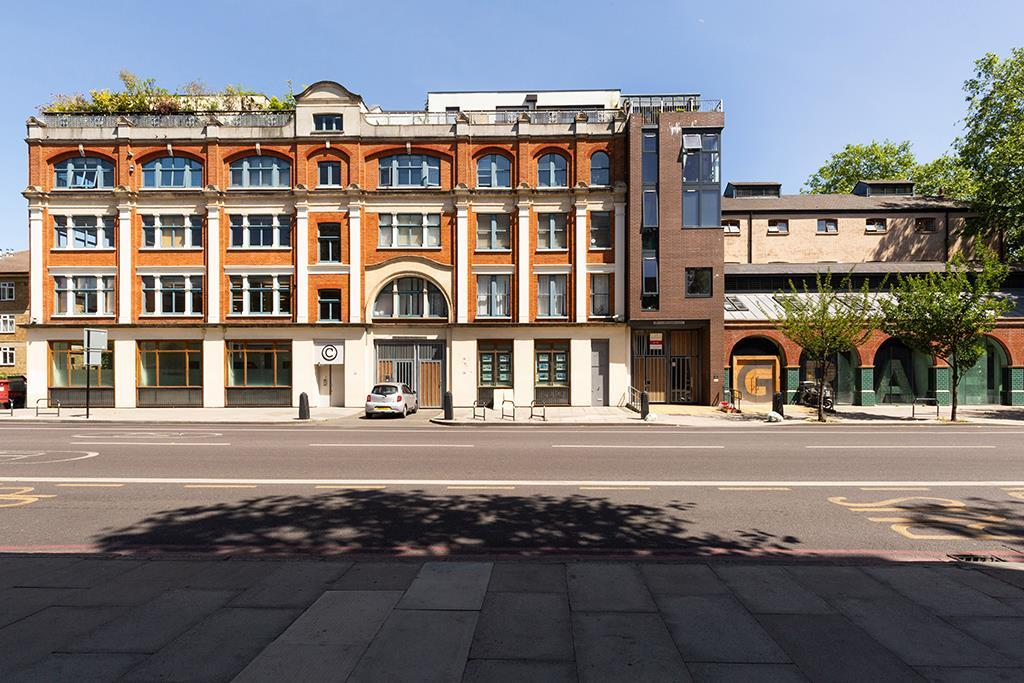 property to rent in Lower Ground Floor, 138 Kingsland Road, London, E2 8DY