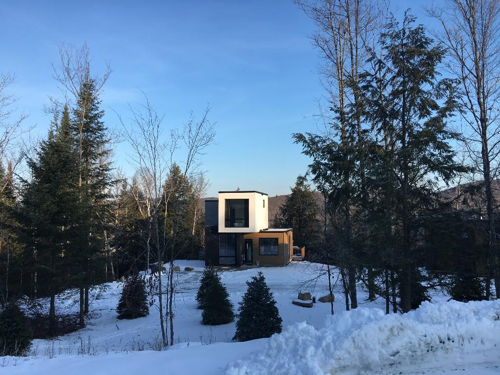 3 bed new development in Mont Tremblant, Québec