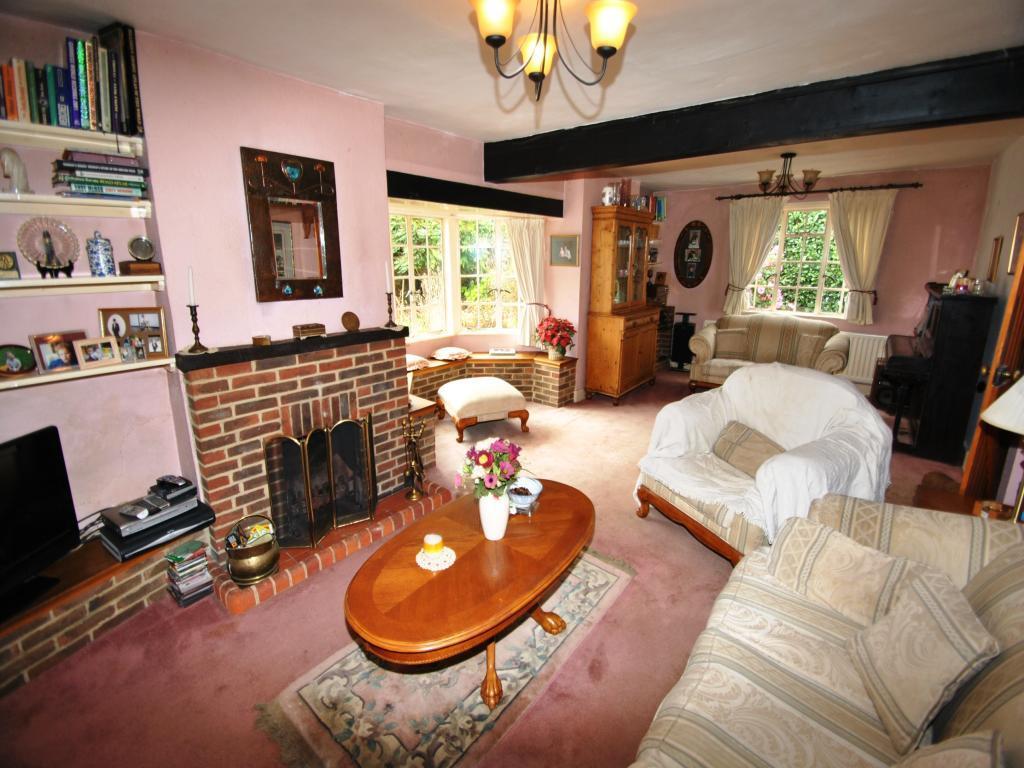 Brown Pink Living Room Design Ideas, Photos & Inspiration ...