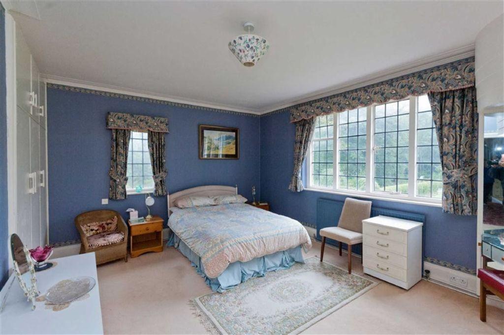 7 Bedroom Detached House For Sale In Greenbank 29