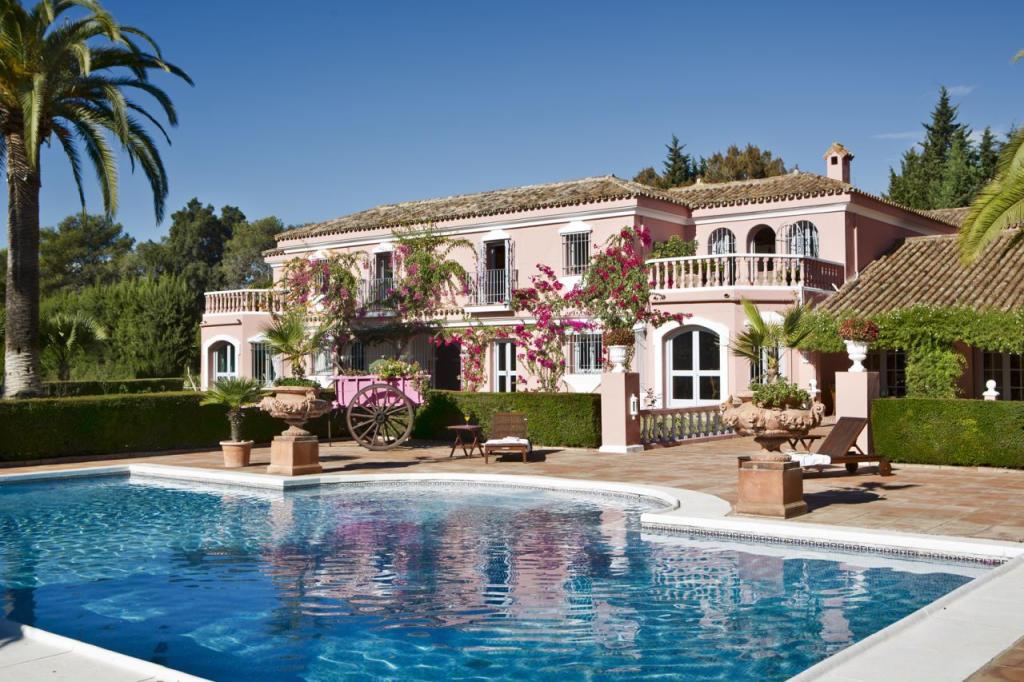 9 bedroom Villa for sale in Andalucia, Cádiz...
