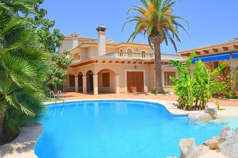 5 bedroom Villa in Balearic Islands...
