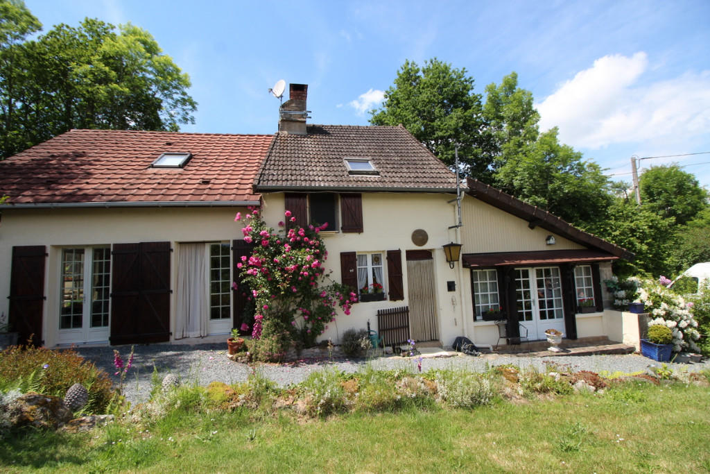 3 bed Detached house for sale in Boussac, Creuse, Limousin