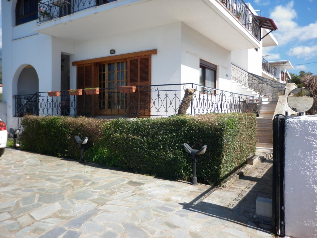 Apartment for sale in Peloponnese, Stoupa