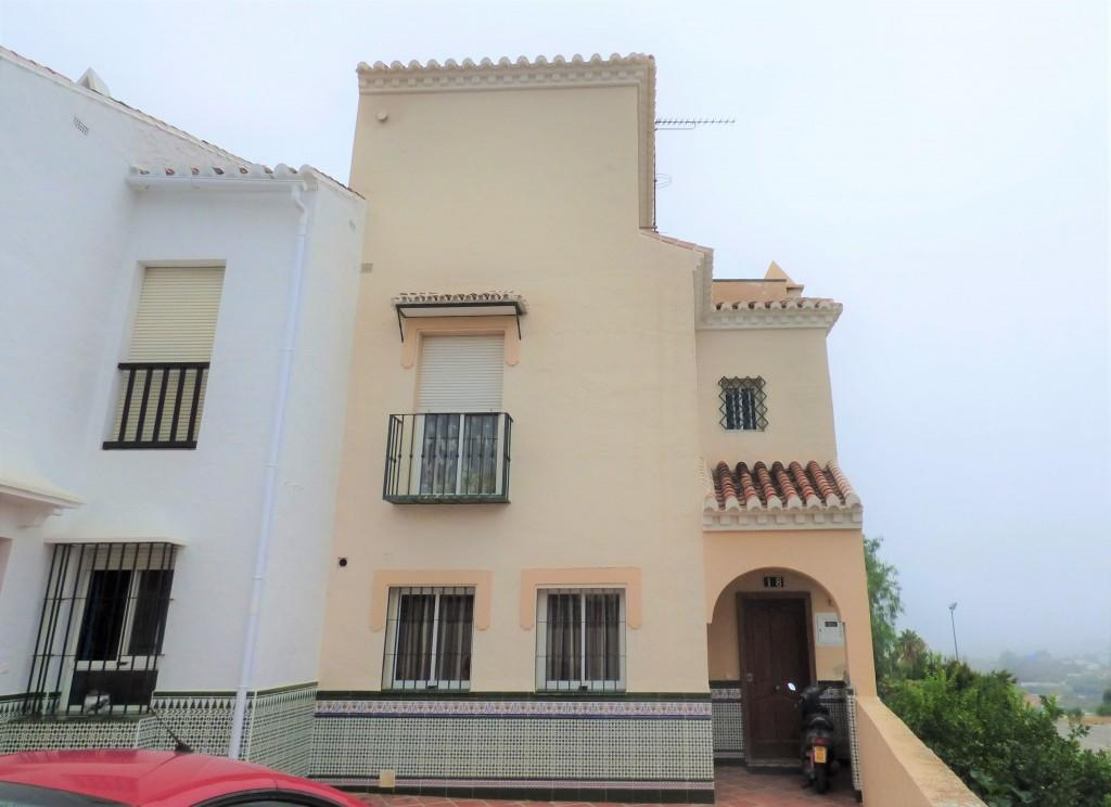 3 bedroom Town House in Andalucia, Malaga, Nerja