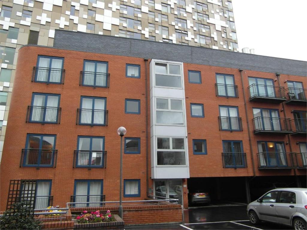 2 bedroom apartment to rent in Washington Wharf ...
