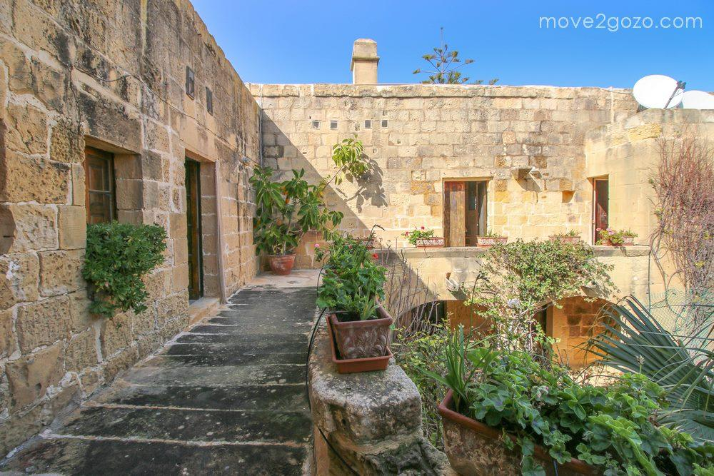Detached home in Gozo