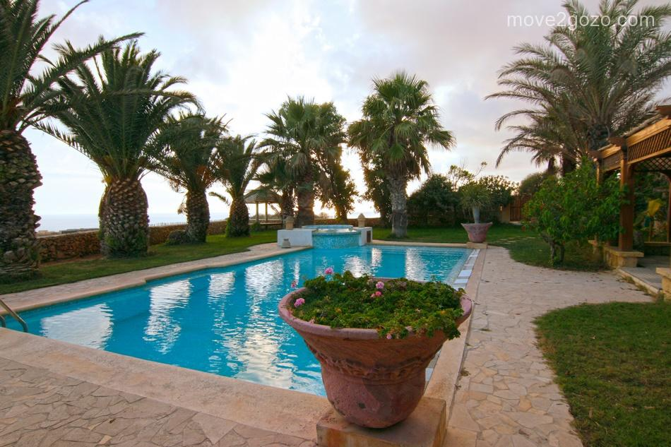 6 bed Country House in Gozo